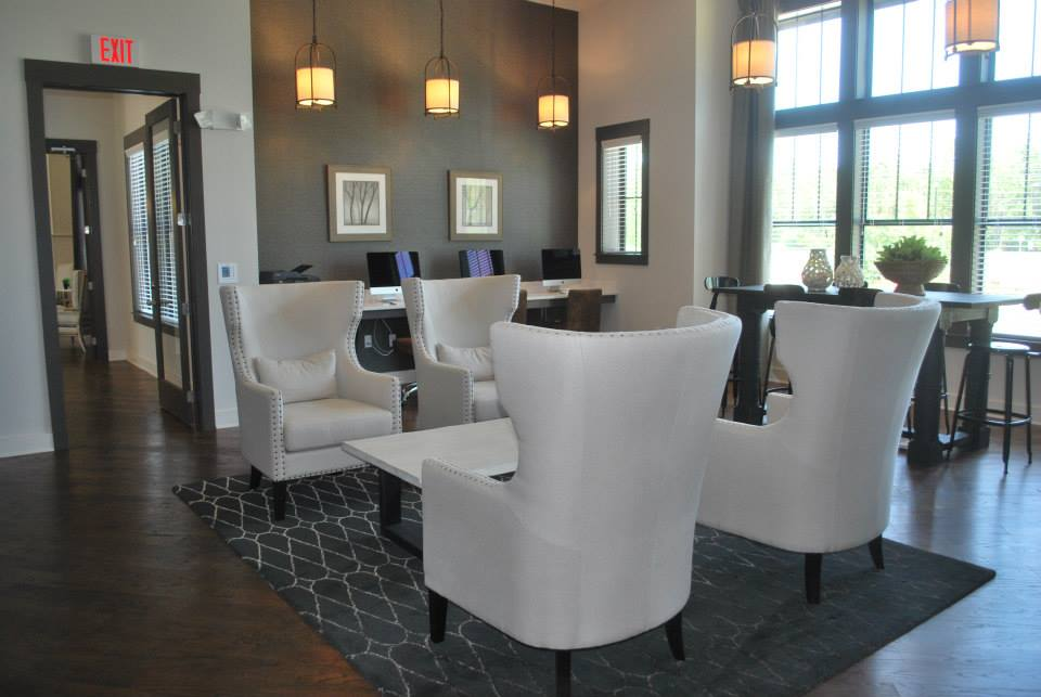 Contemporary Touches and Furnishings at Whitepalm Apartments in Port Orange, FL