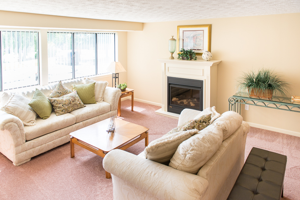 Spacious Living Rooms at Willow Pond Apartments and Townhouses in Penfield, New York