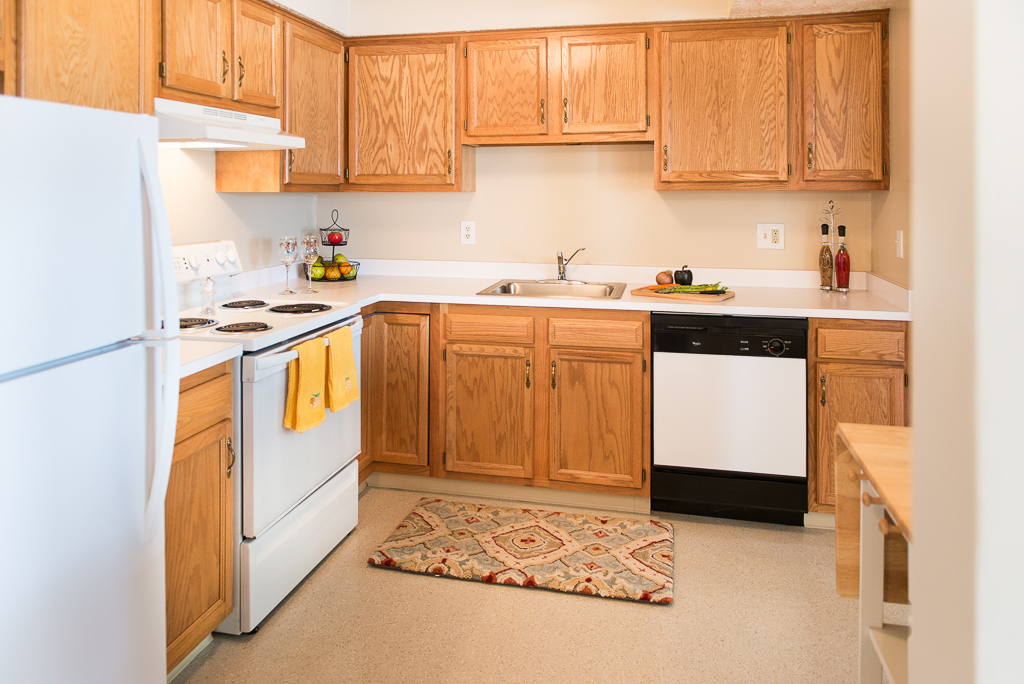All-White Kitchen Appliances at Willow Pond Apartments and Townhouses in Penfield, New York