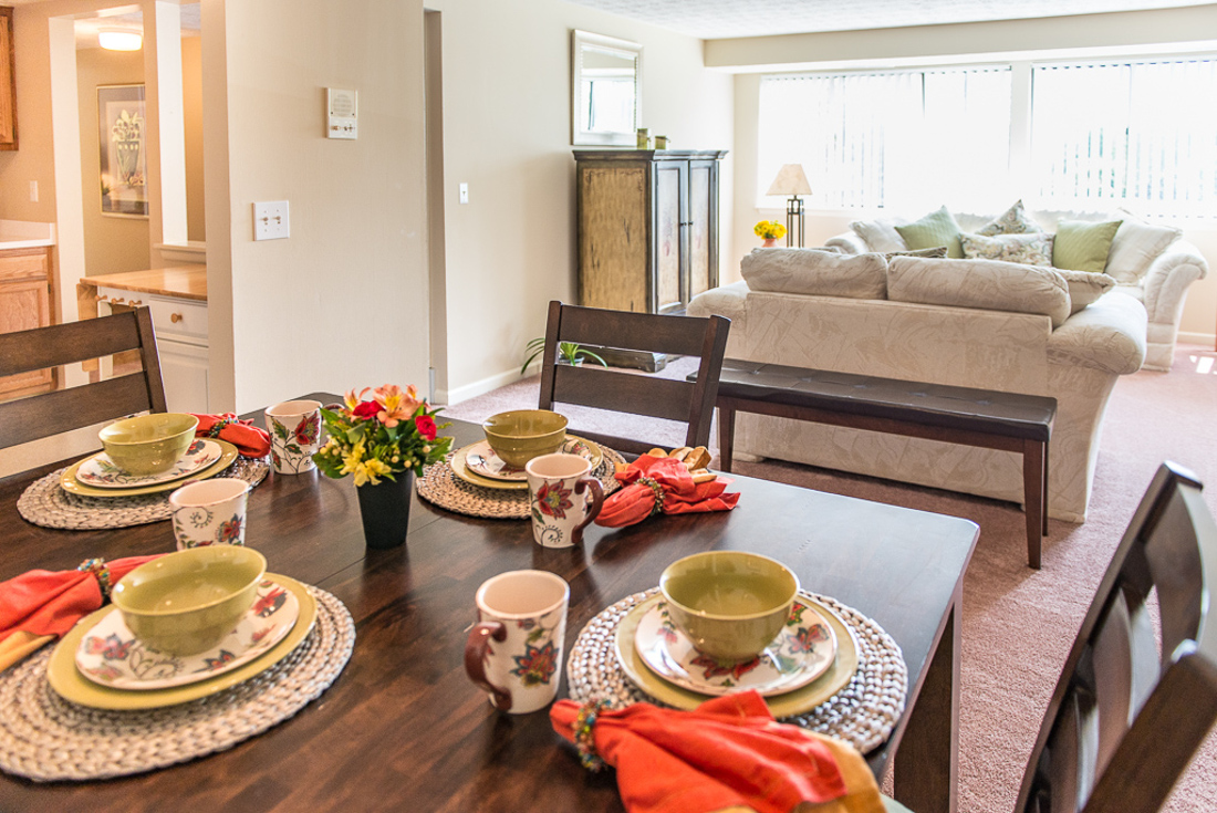 Living and Dining Space at Willow Pond Apartments and Townhouses in Penfield, New York