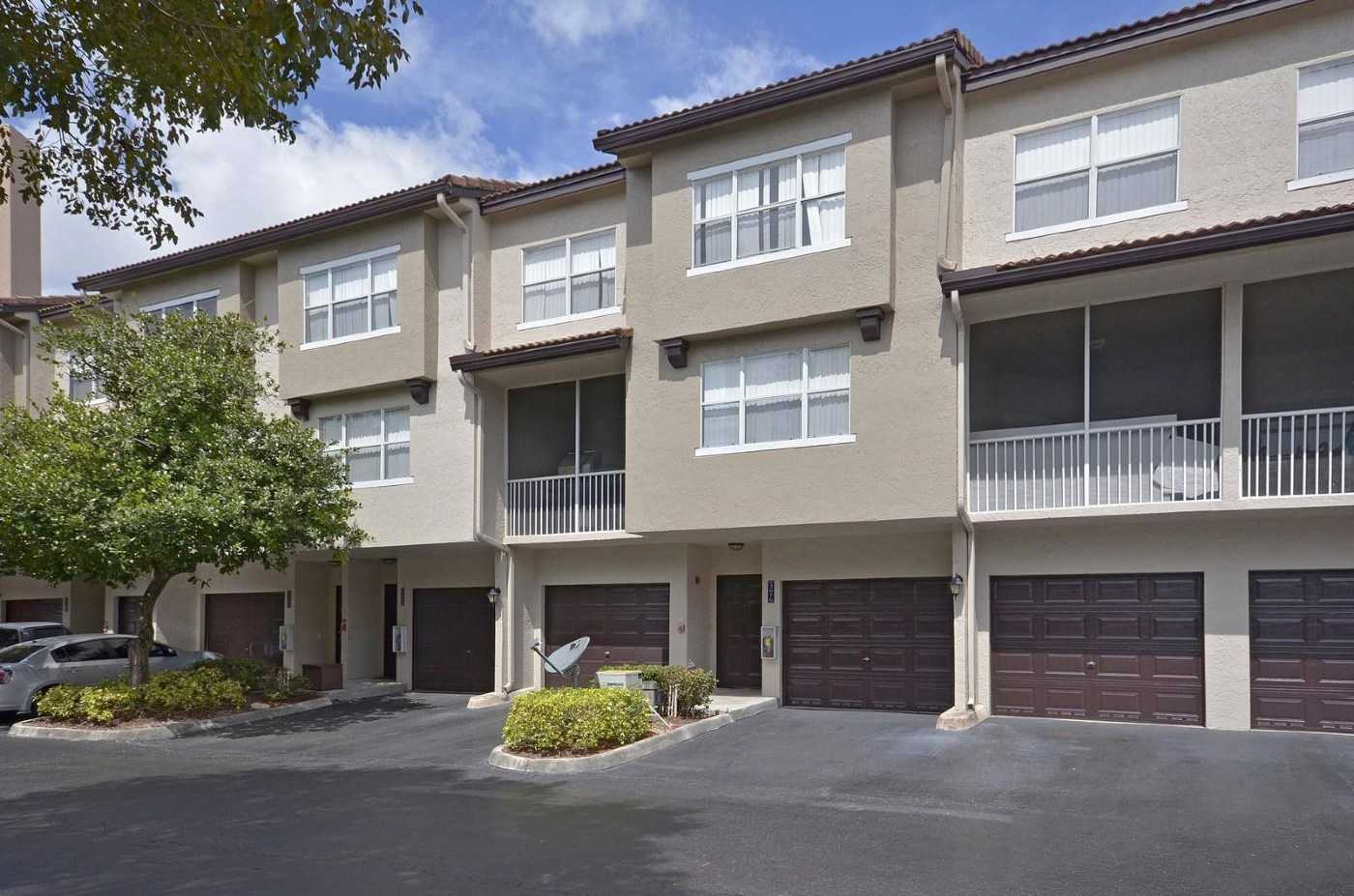 Attached Garages at Windsor Castle Apartments in Coral Springs, Florida