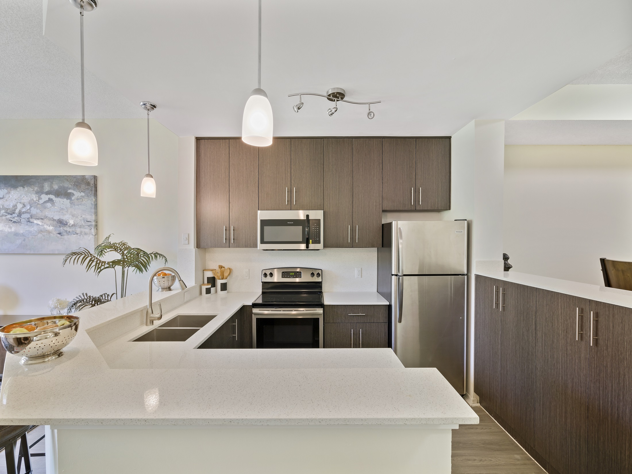 Fully-Equipped Kitchen at Windsor Castle Apartments in Coral Springs, Florida