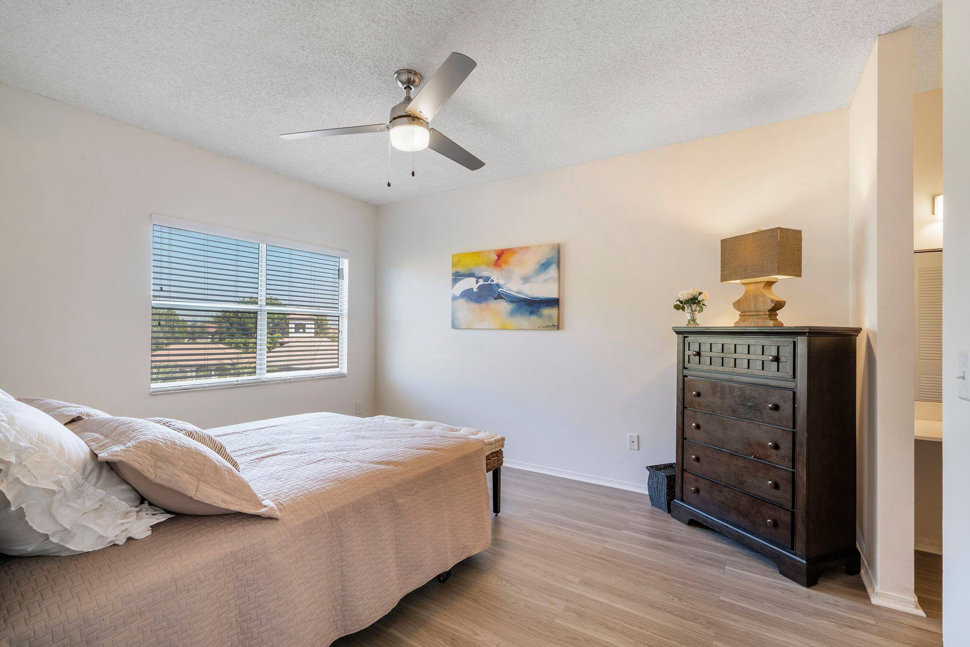 Coral Springs Apartment Rentals at Windsor Castle Apartments in Coral Springs, Florida