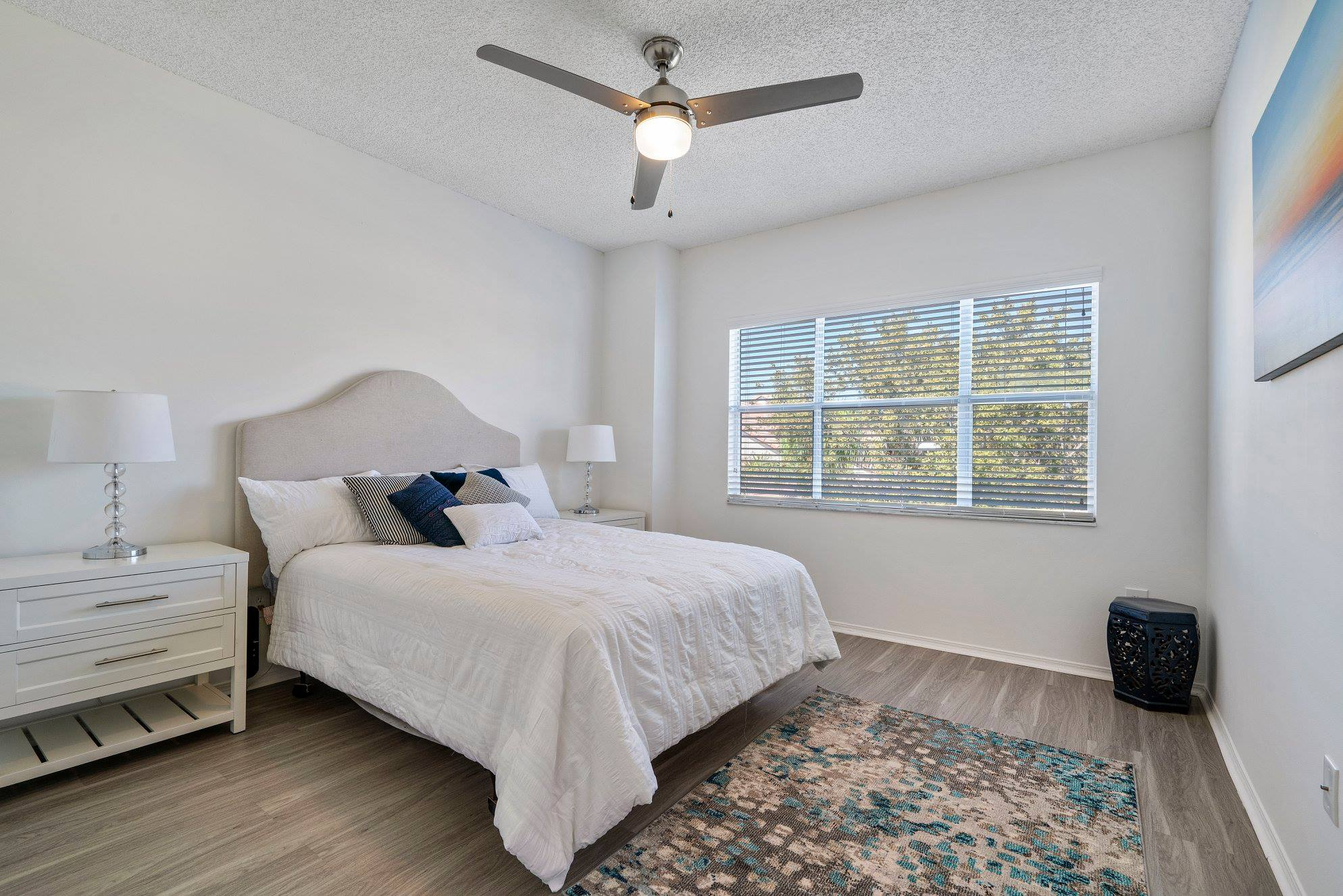 2 and 3-Bedroom Apartments for Rent at Windsor Castle Apartments in Coral Springs, Florida