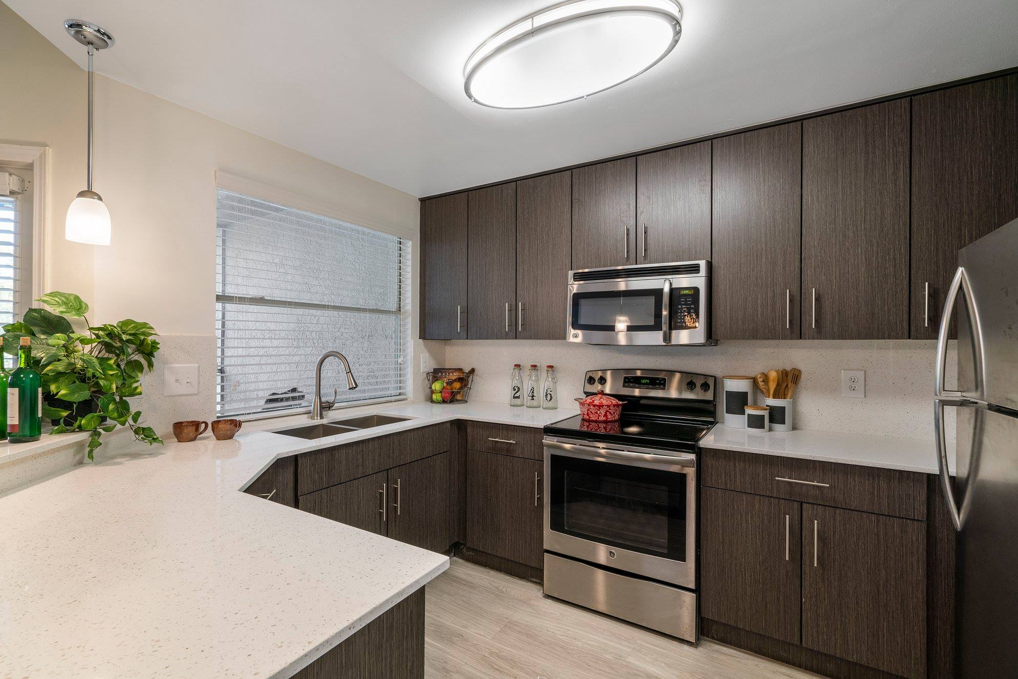 Modern Kitchen at Windsor Castle Apartments in Coral Springs, Florida