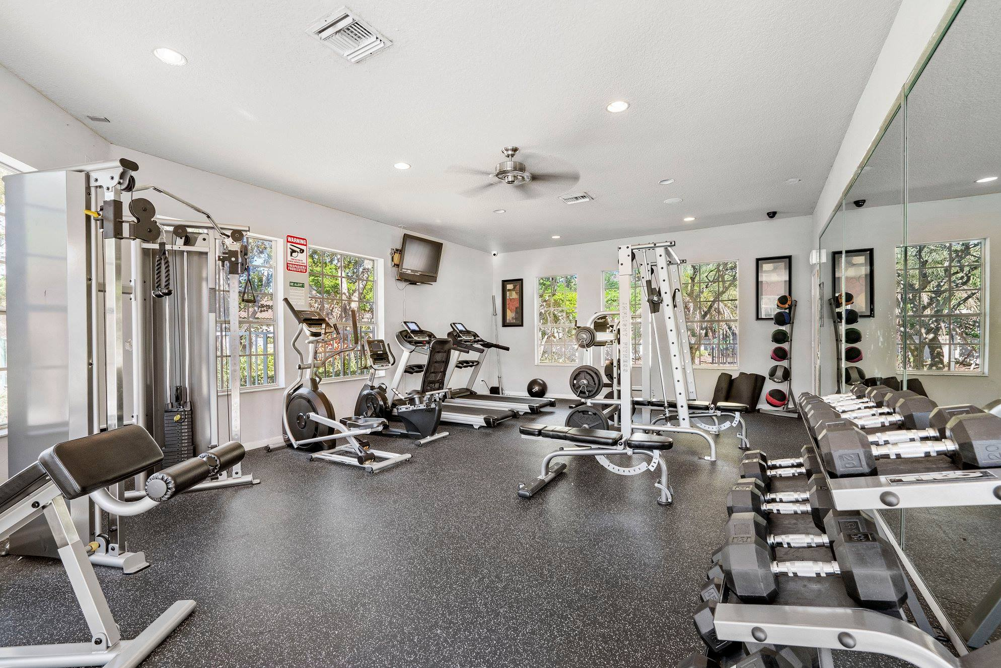 Fitness Center  at Windsor Castle Apartments in Coral Springs, Florida
