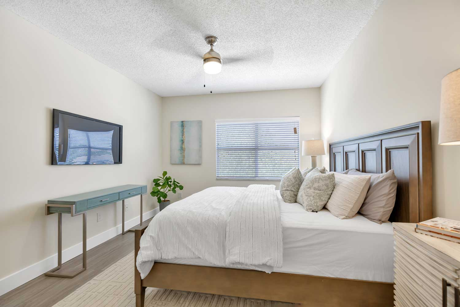 Ceiling Fans at Windsor Castle Apartments in Coral Springs, Florida
