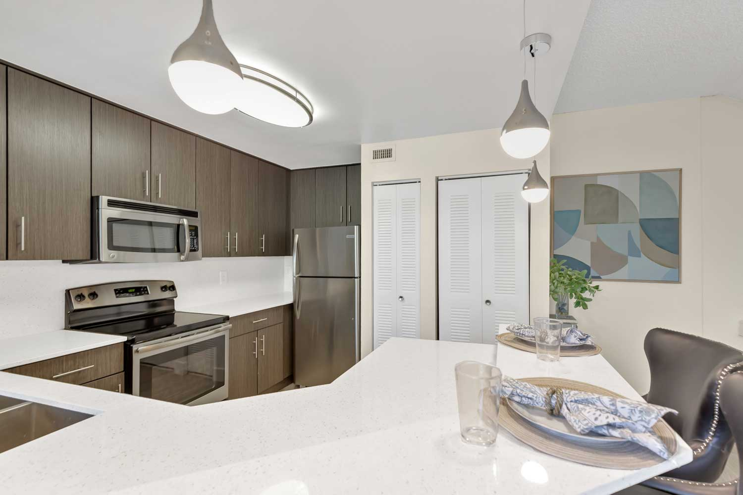 Modern Lighting at Windsor Castle Apartments in Coral Springs, Florida