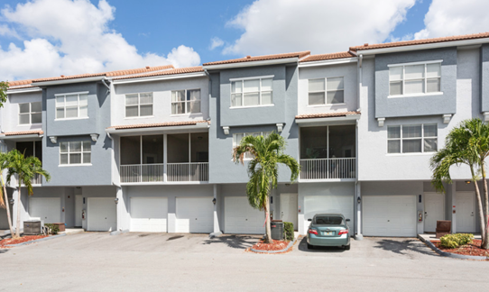 Apartments  at Windsor Castle Apartments in Coral Springs, Florida