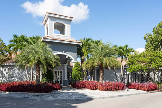 Pet Friendly Community  at Windsor Castle Apartments in Coral Springs, Florida