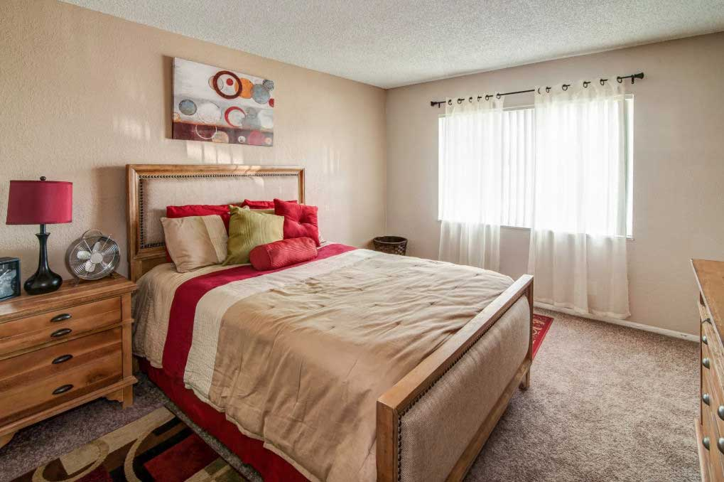 Two-Bedroom Apartments for Rent at Windsor Forest Apartments in Pompano Beach, FL