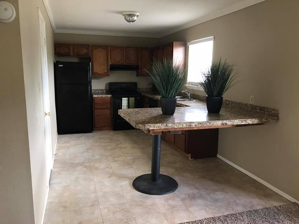 Pet-Friendly Apartments in Victoria at Windsor Park Apartments in Victoria, Texas