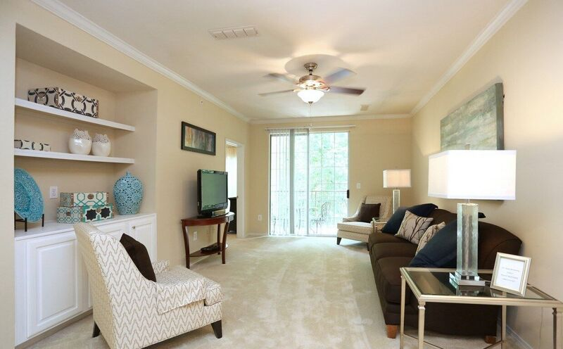 Relaxed Living at Windward Place Apartments in Alpharetta, Georgia