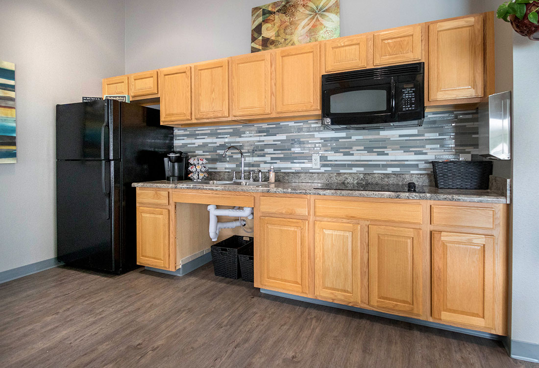 Clubhouse with Kitchenette at Woodbury Heights Apartments in Sioux City, IA