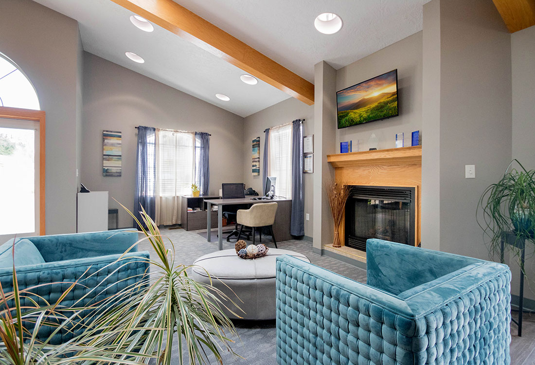 Beautiful Clubhouse at Woodbury Heights Apartments in Sioux City, IA