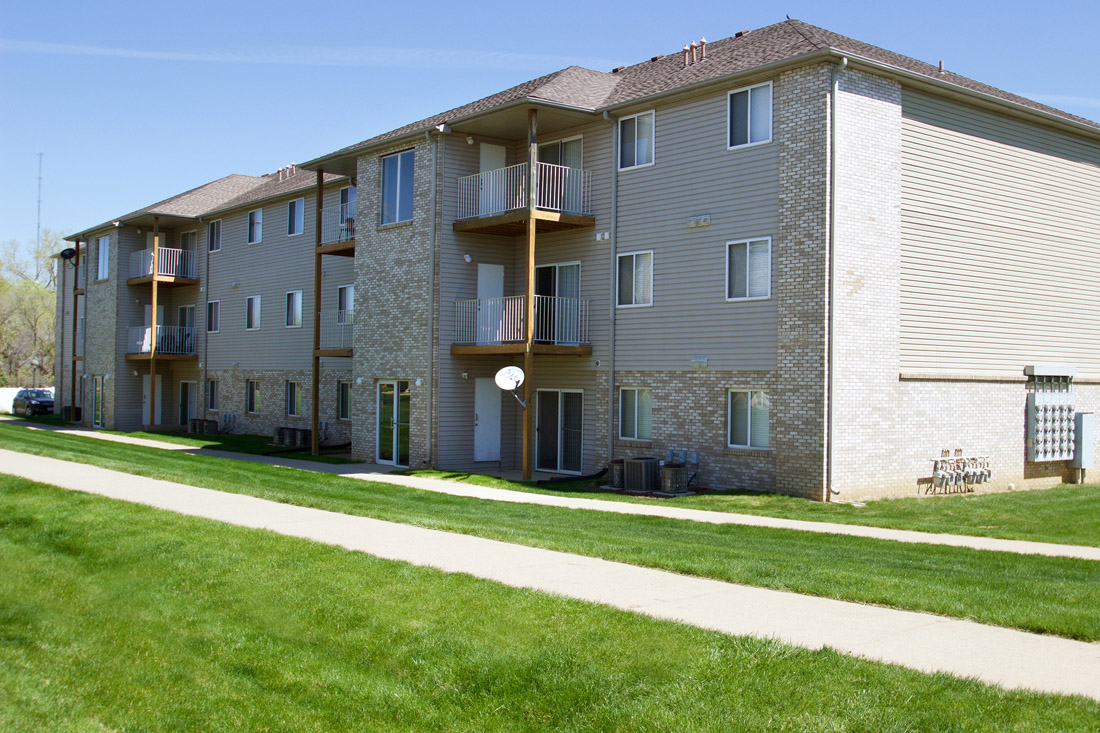 Apartments for Lease in Sioux City at Woodbury Heights Apartments in Sioux City, IA