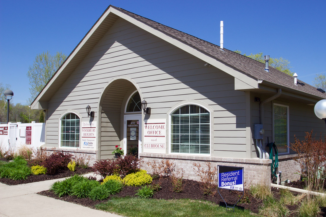Welcome Center at Woodbury Heights Apartments in Sioux City, IA