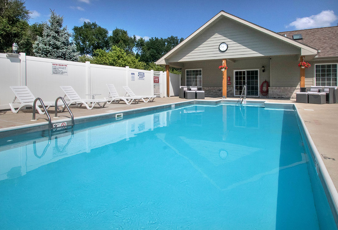 Sparkling Swimming Pool at Woodbury Heights Apartments in Sioux City, IA