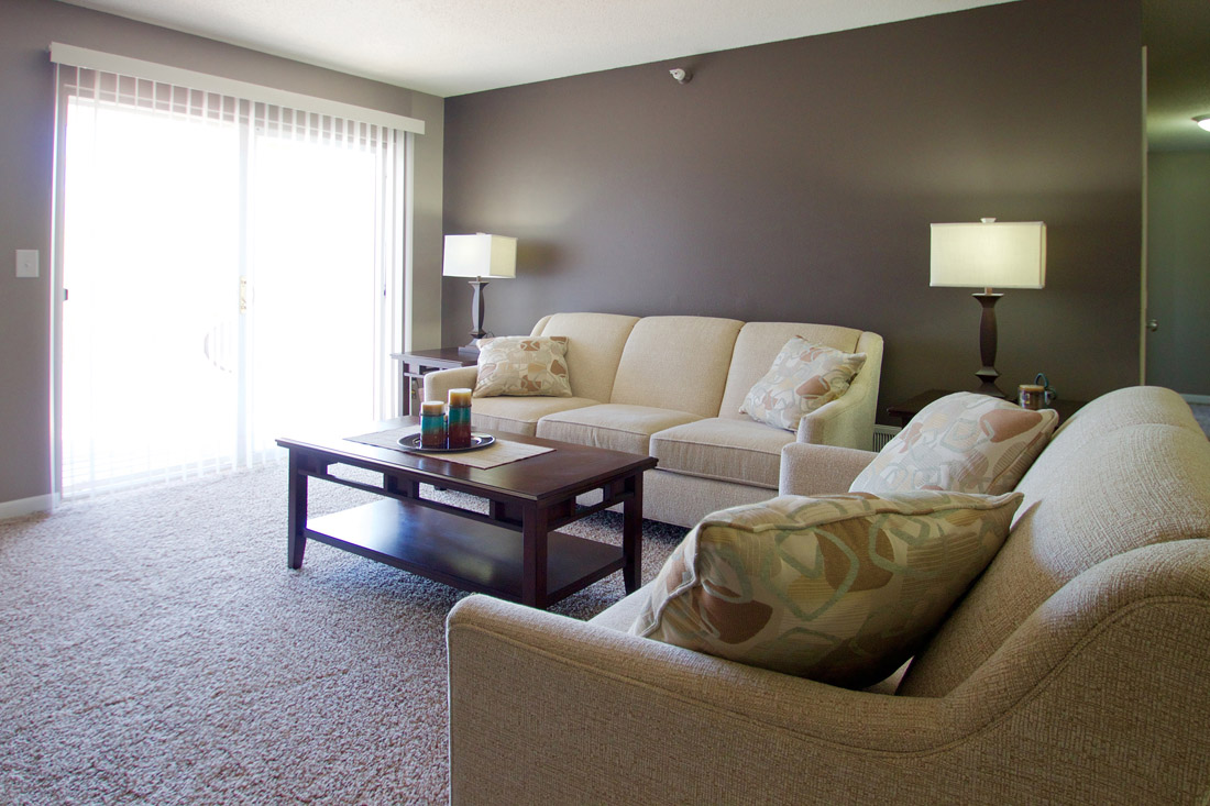 Spacious Living Rooms at Woodbury Heights Apartments in Sioux City, IA
