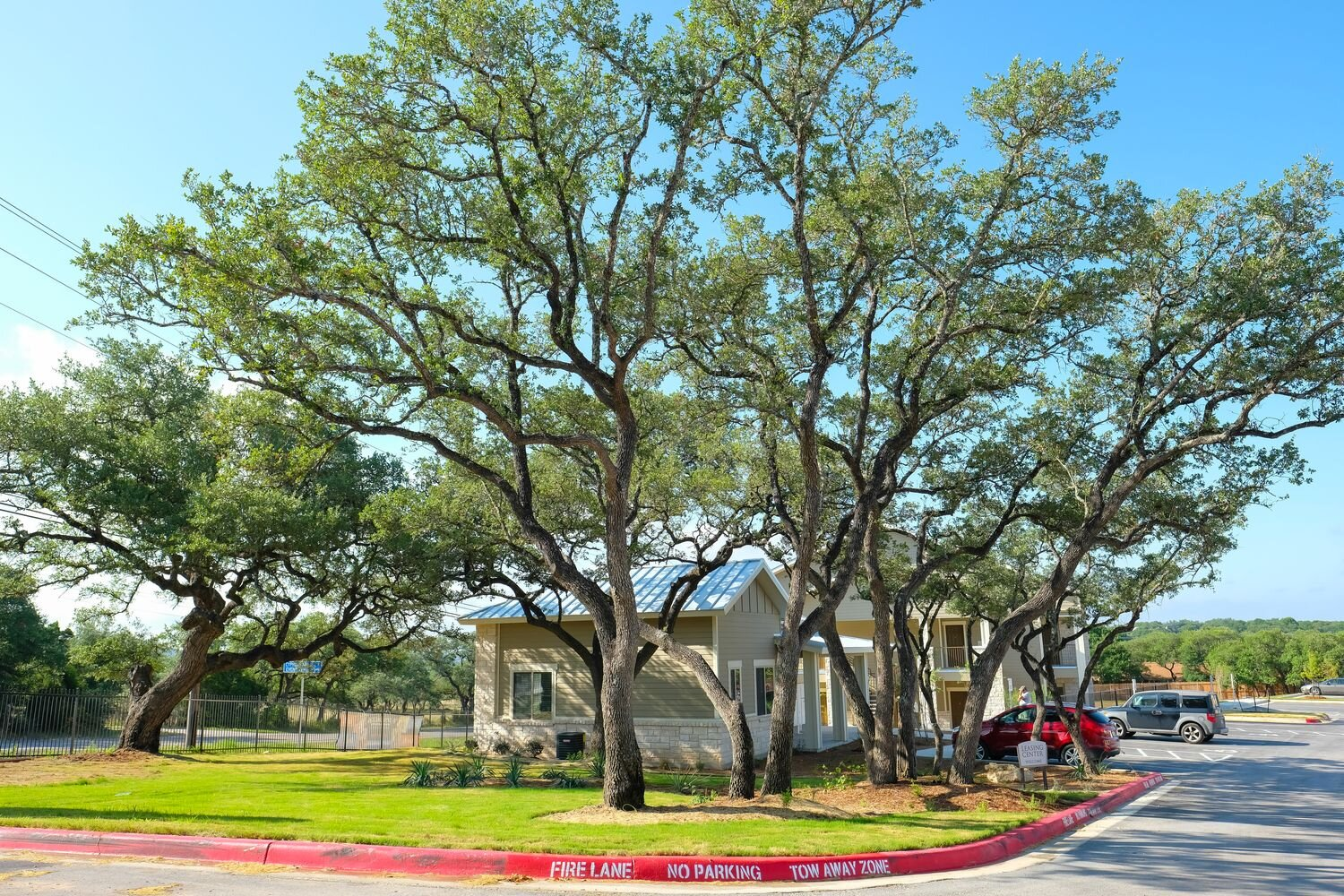Conveniently Located Apartment Homes at Woodcreek Apartments in Woodcreek, Texas