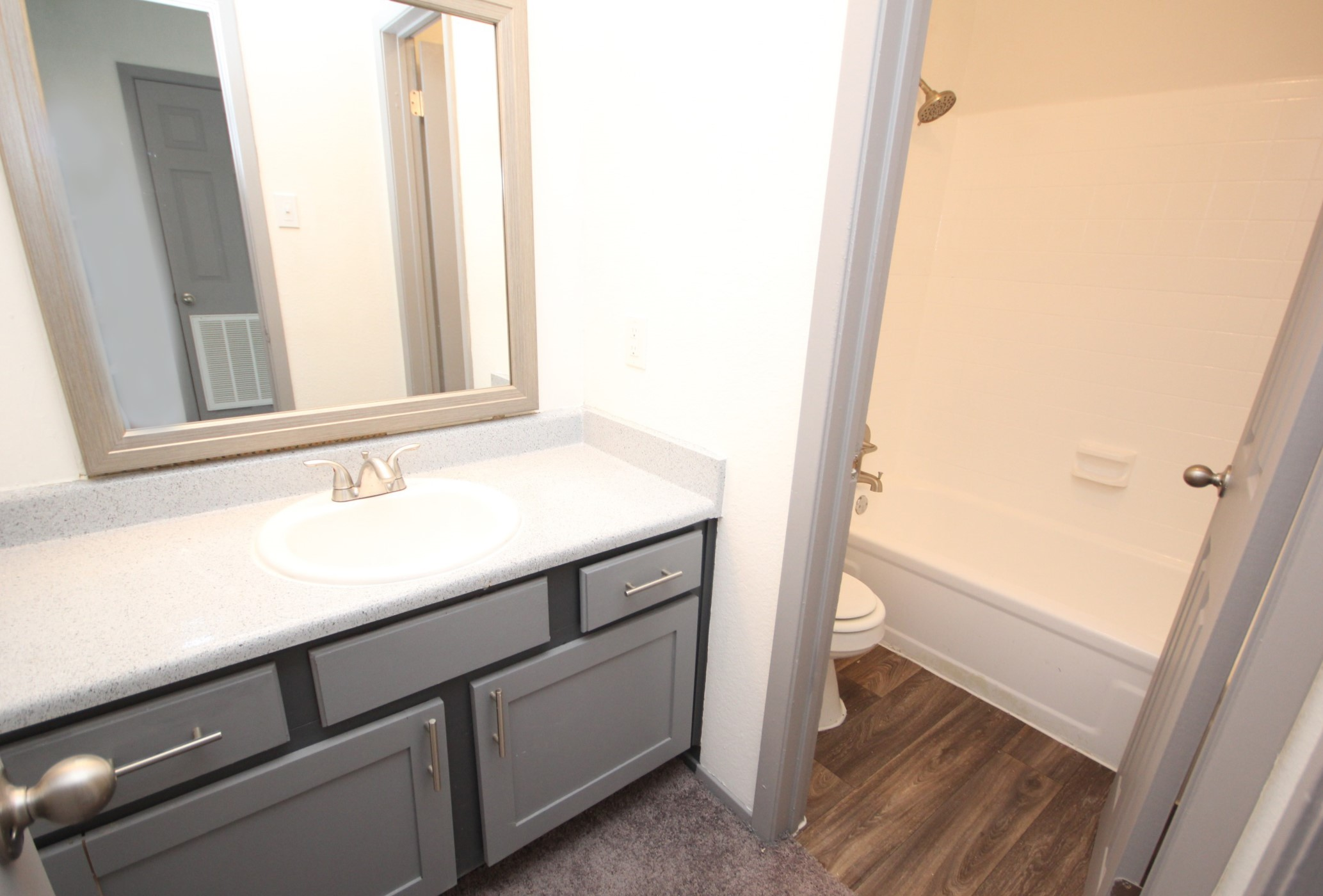 Stylish Bathroom at The Woodlands Apartments in Fort Worth, Texas