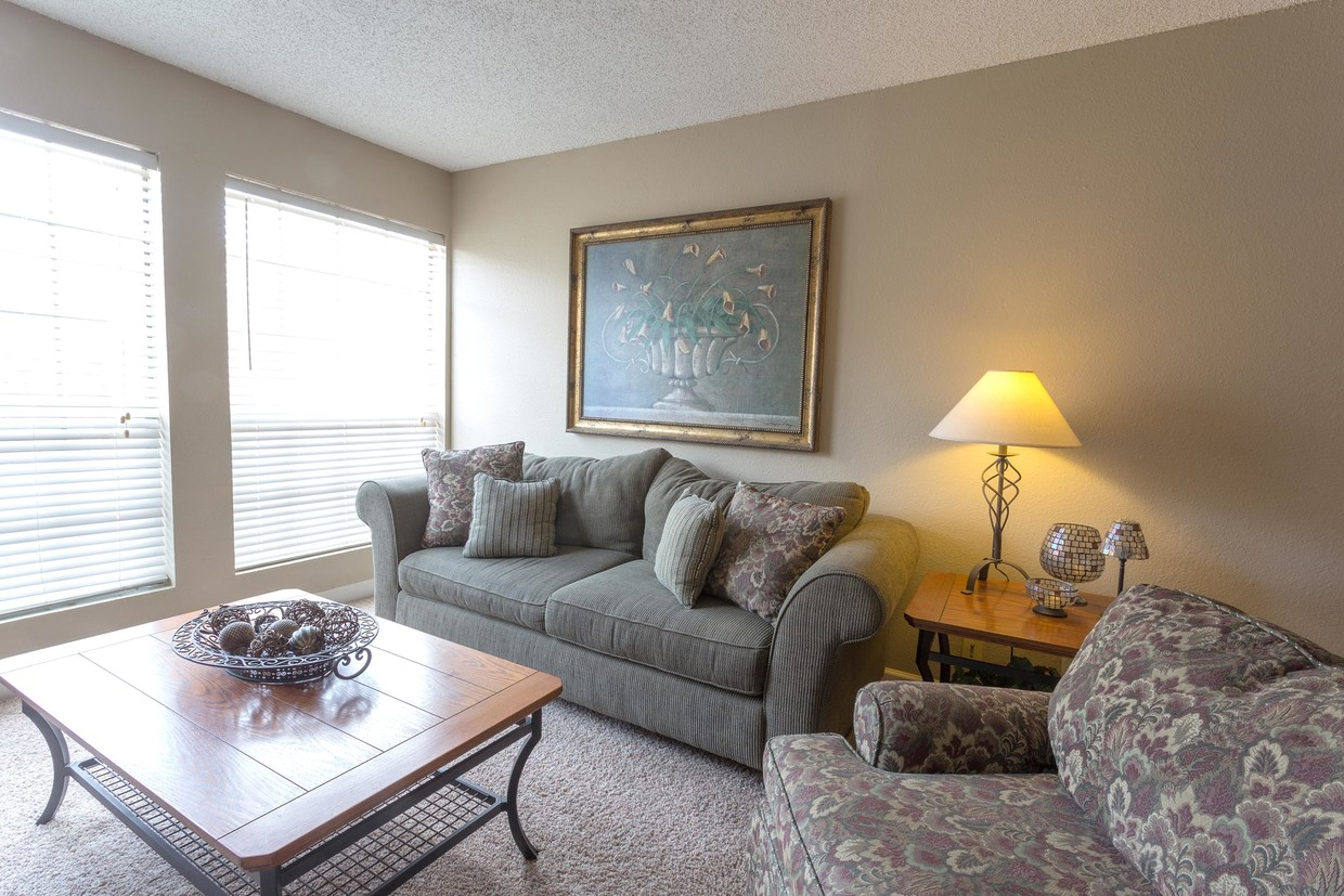 One and Two-Bedroom Homes at Woodlands Apartments in Odessa, Texas