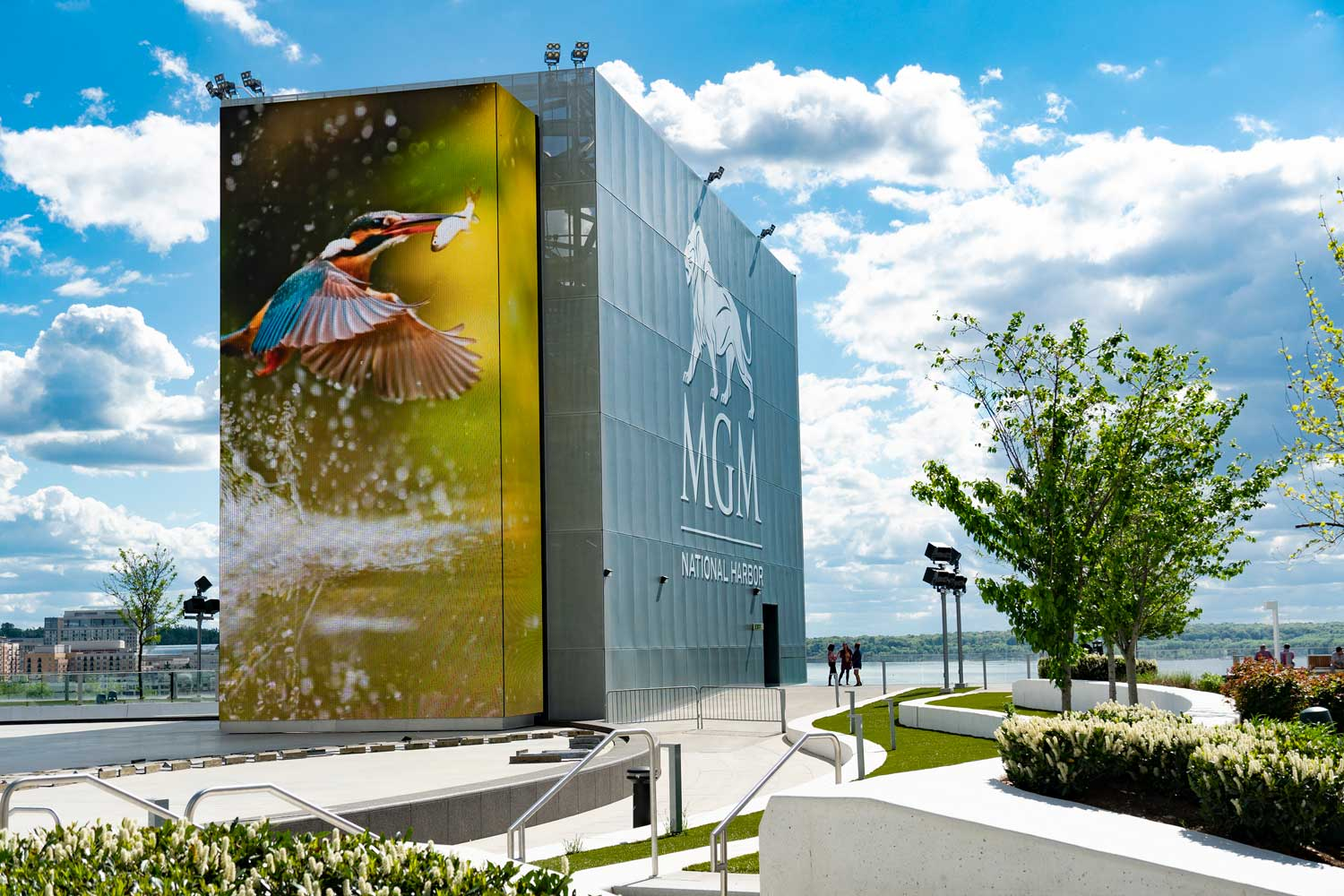 15 minutes to MGM National Harbor Hotel & Casino