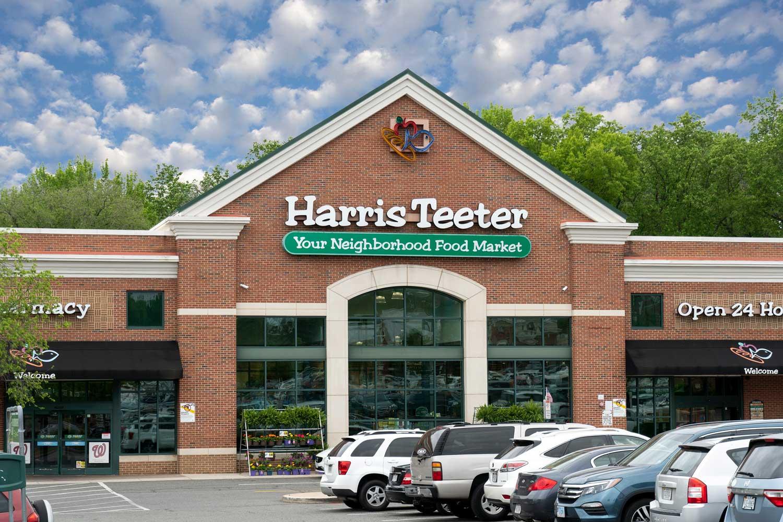 Harris Teeter 10 minutes from Woodmont Park Apartments in Alexandria, VA