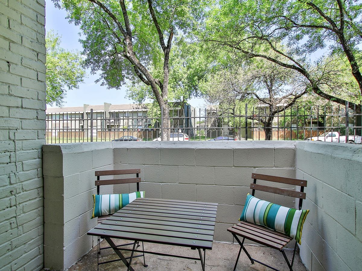 Houston Apartment Rentals at Woods at Spring Grove Apartments in Houston, Texas