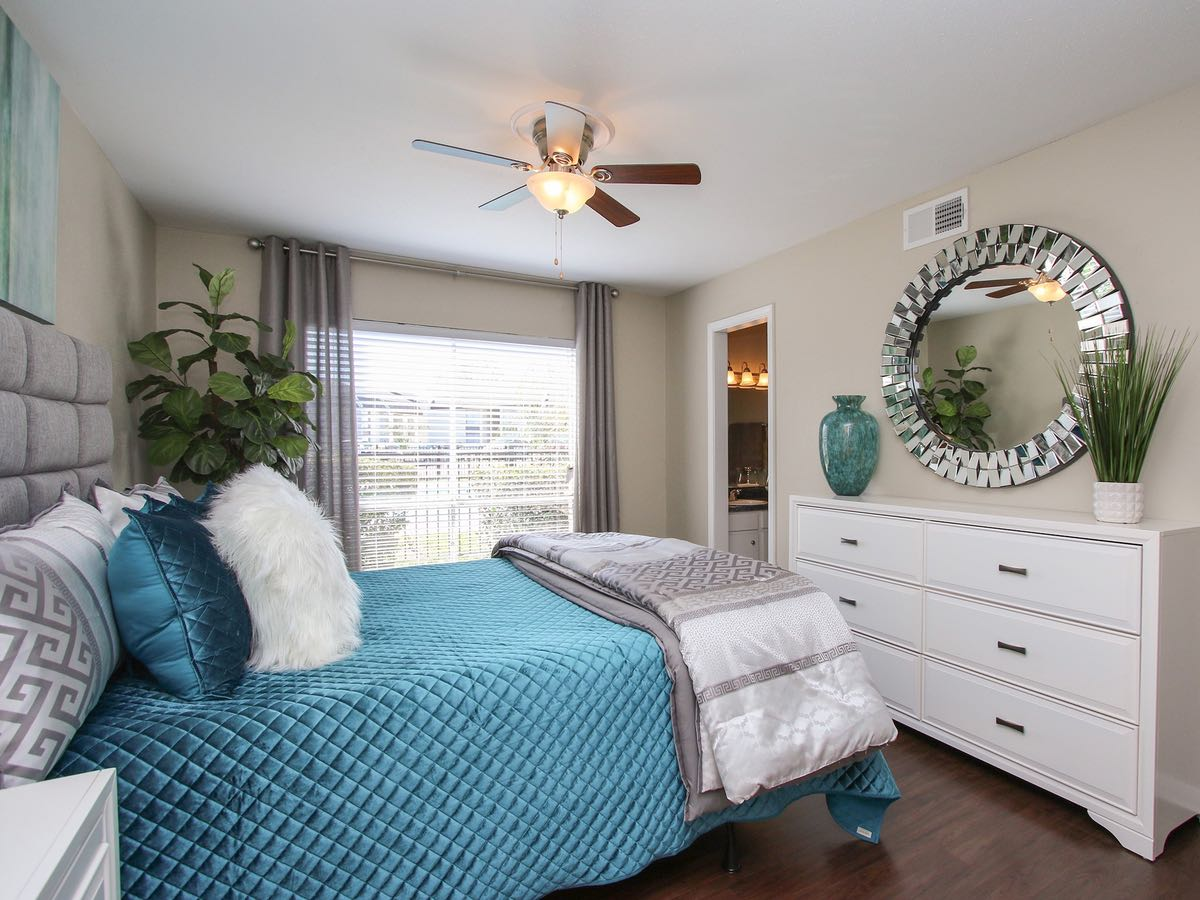 3-Bedroom Apartments for Rent at Woods at Spring Grove Apartments in Houston, Texas