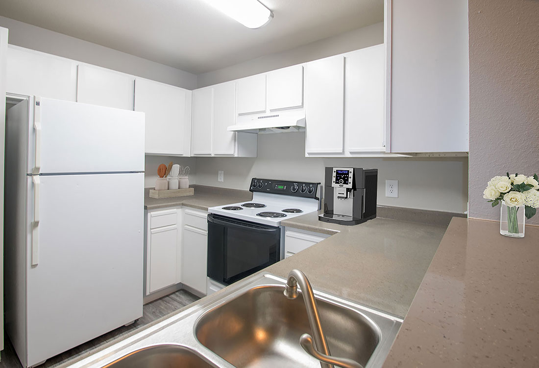 Updated Kitchen at Wyndham Apartments in Lubbock, TX.