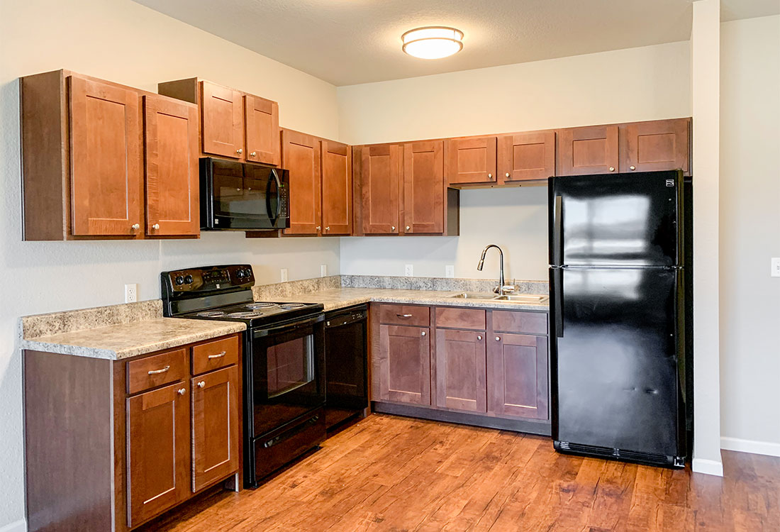 Fully Equipped Kitchens at The Residence at Yukon Hills Apartments in Yukon, Oklahoma